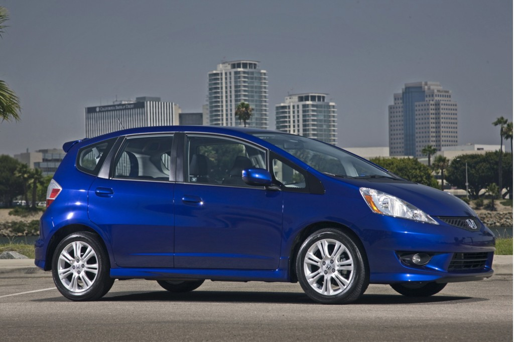 review 2010 honda fit sport. Black Bedroom Furniture Sets. Home Design Ideas