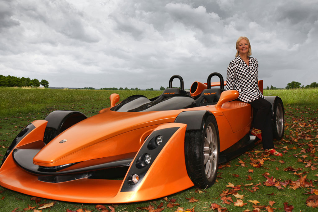 New zealand s f1 inspired hulme canam supercar goes on sale for Car mailboxes for sale
