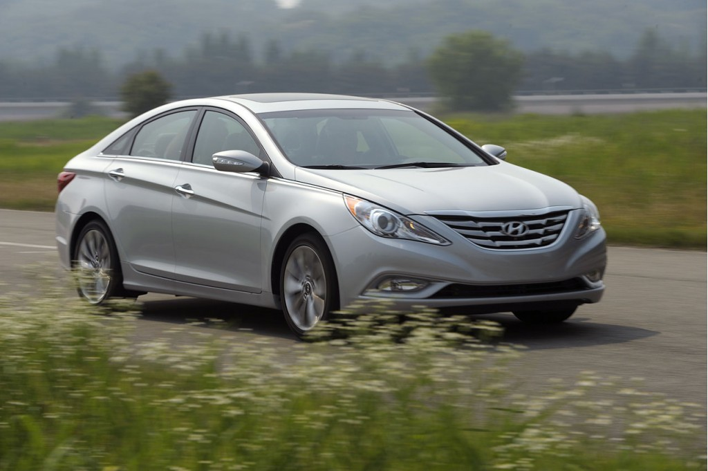 274 hp 2011 hyundai sonata 2 0t priced from 24 145. Black Bedroom Furniture Sets. Home Design Ideas