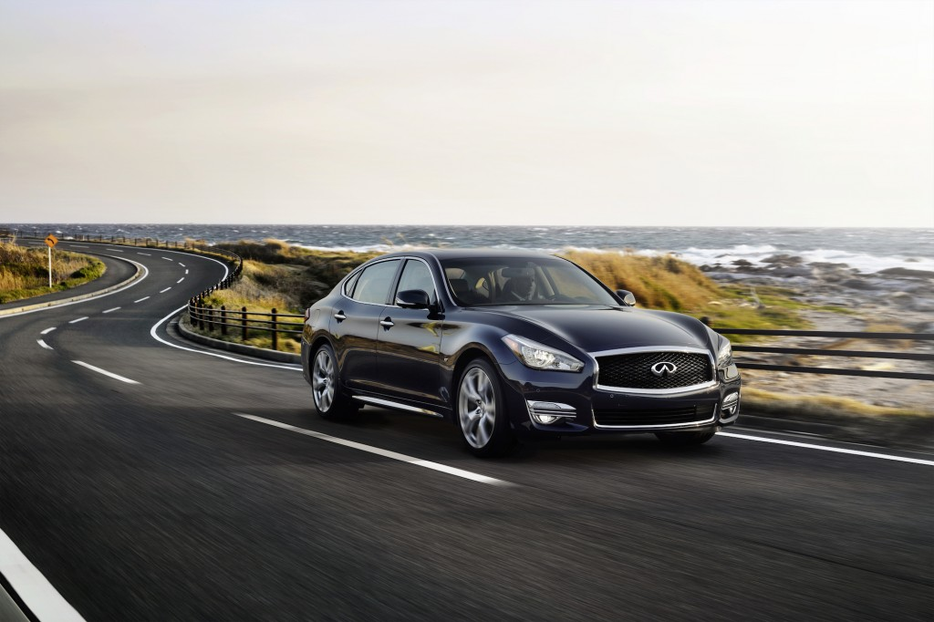 2015 infiniti q70 priced from 50 755. Black Bedroom Furniture Sets. Home Design Ideas