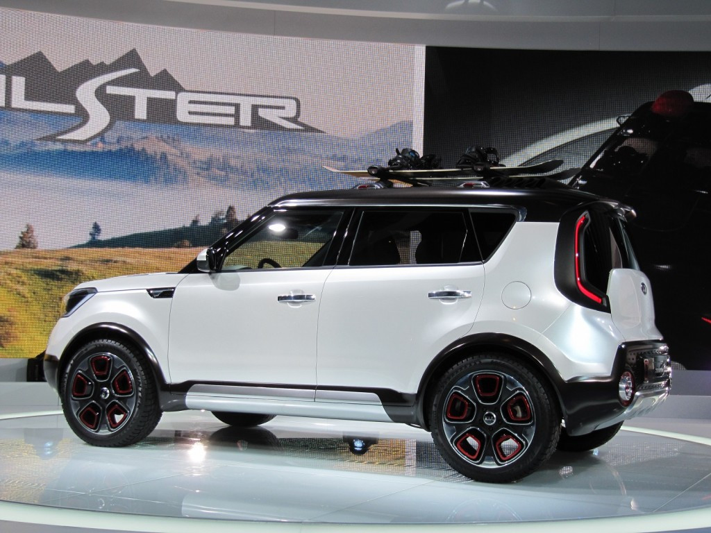 Kia Soul-Based Trail'ster Concept Features Electric AWD ...