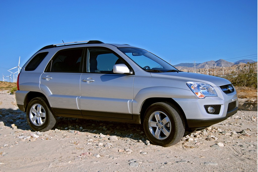 2010 kia sportage pictures photos gallery motorauthority. Black Bedroom Furniture Sets. Home Design Ideas