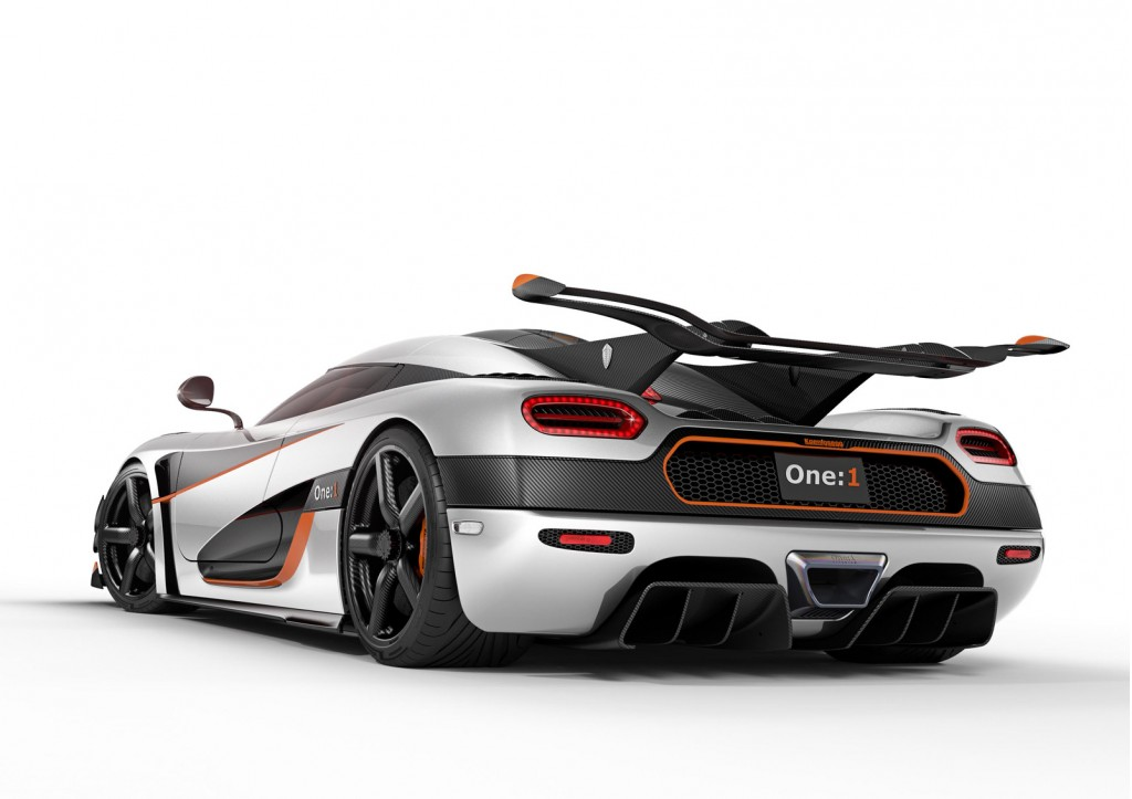 1 340 horsepower koenigsegg one 1 supercar live video and photos from