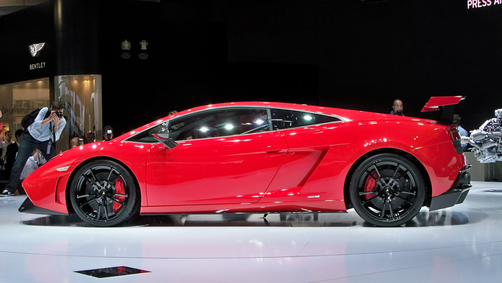 how much does it cost to maintain a lamborghini gallardo autos post. Black Bedroom Furniture Sets. Home Design Ideas