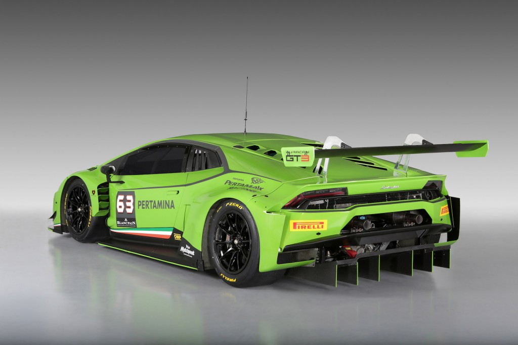 lamborghini hurac n gt3 revealed video. Black Bedroom Furniture Sets. Home Design Ideas