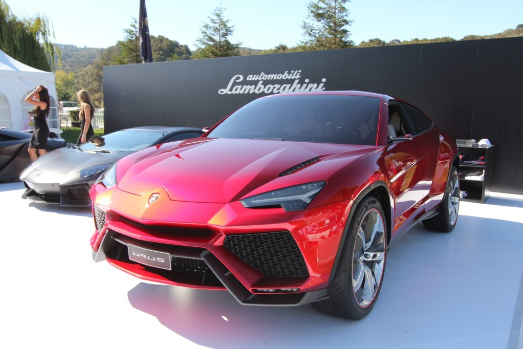 lamborghini urus concept makes its first pass at america. Black Bedroom Furniture Sets. Home Design Ideas