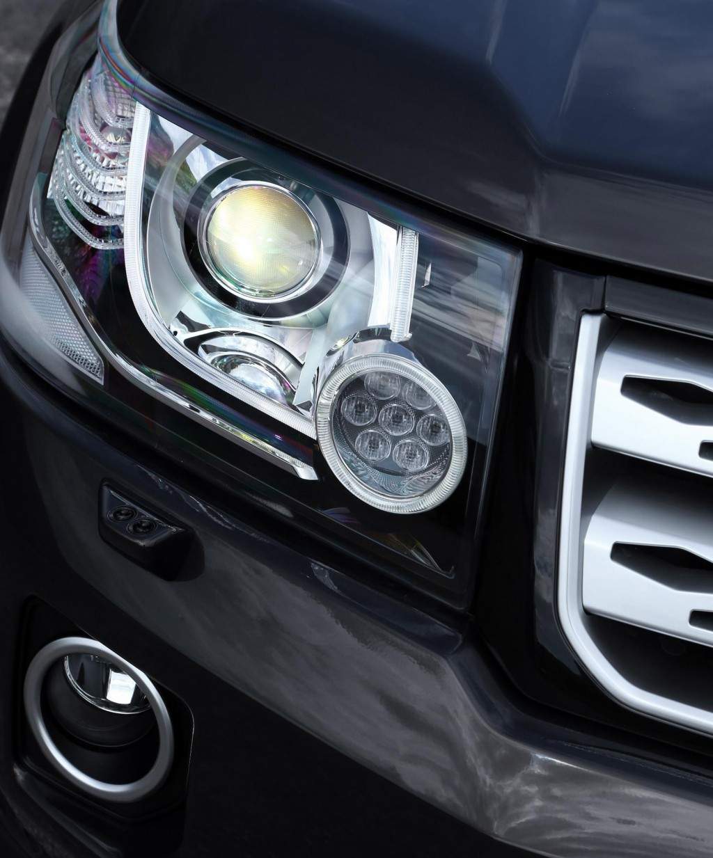 First Review 2013 Land Rover Lr2