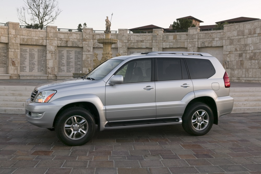 2009 lexus gx 470 pictures photos gallery motorauthority. Black Bedroom Furniture Sets. Home Design Ideas