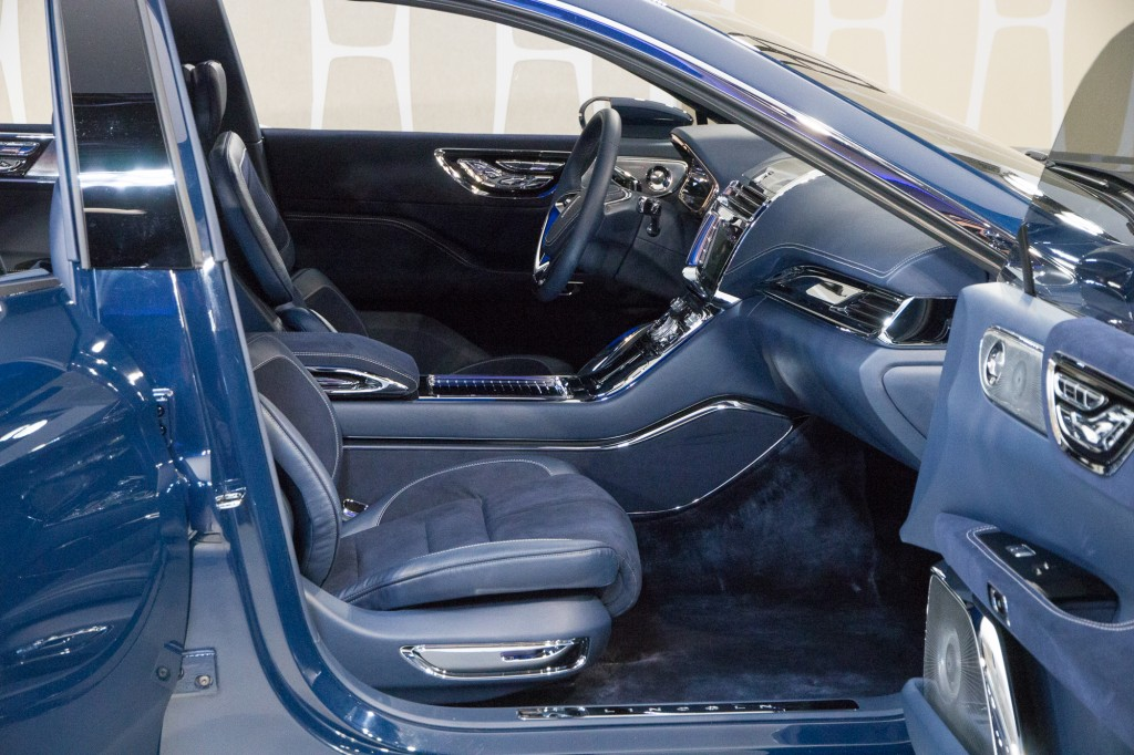 image lincoln continental concept unveiling new york city march 29 2015. Black Bedroom Furniture Sets. Home Design Ideas