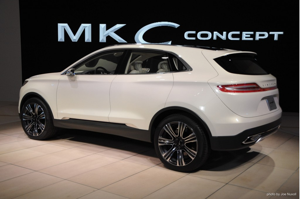 http://images.thecarconnection.com/lrg/lincoln-mkc-concept-2013-detroit-auto-show_100416310_l.jpg