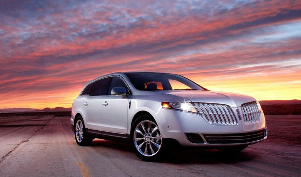 Lincoln Mkt Town Car: Image: Lincoln MKT Town Car, Size: 1024 X 604, Type: Gif