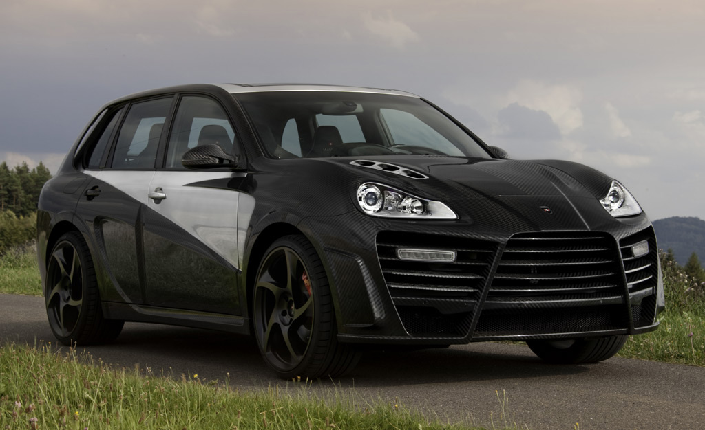 mansory goes carbon crazy with the porsche cayenne chopster. Black Bedroom Furniture Sets. Home Design Ideas