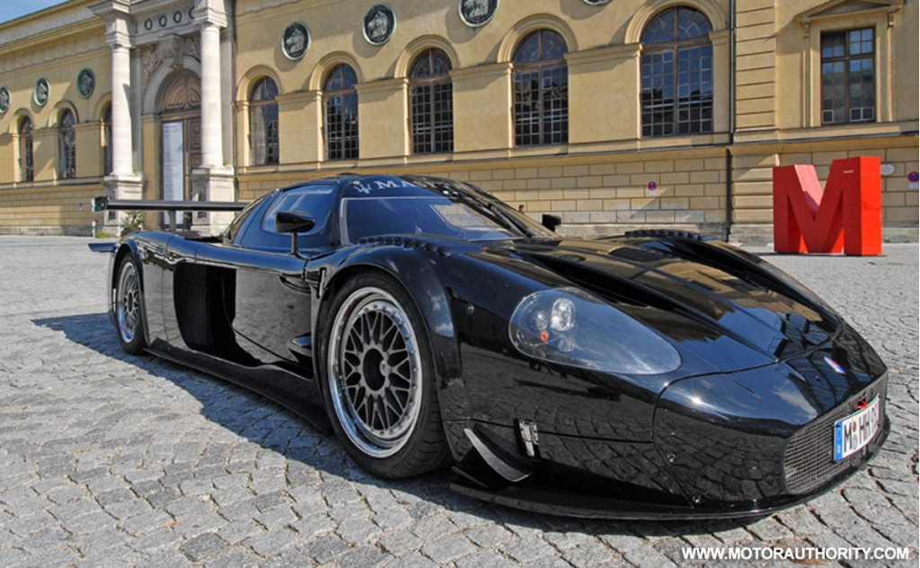 first road legal maserati mc12 versione corse on sale. Black Bedroom Furniture Sets. Home Design Ideas