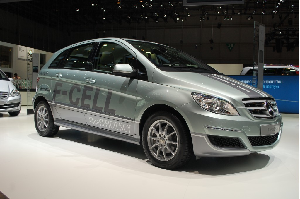 mercedes benz could launch next fuel cell car in 2017