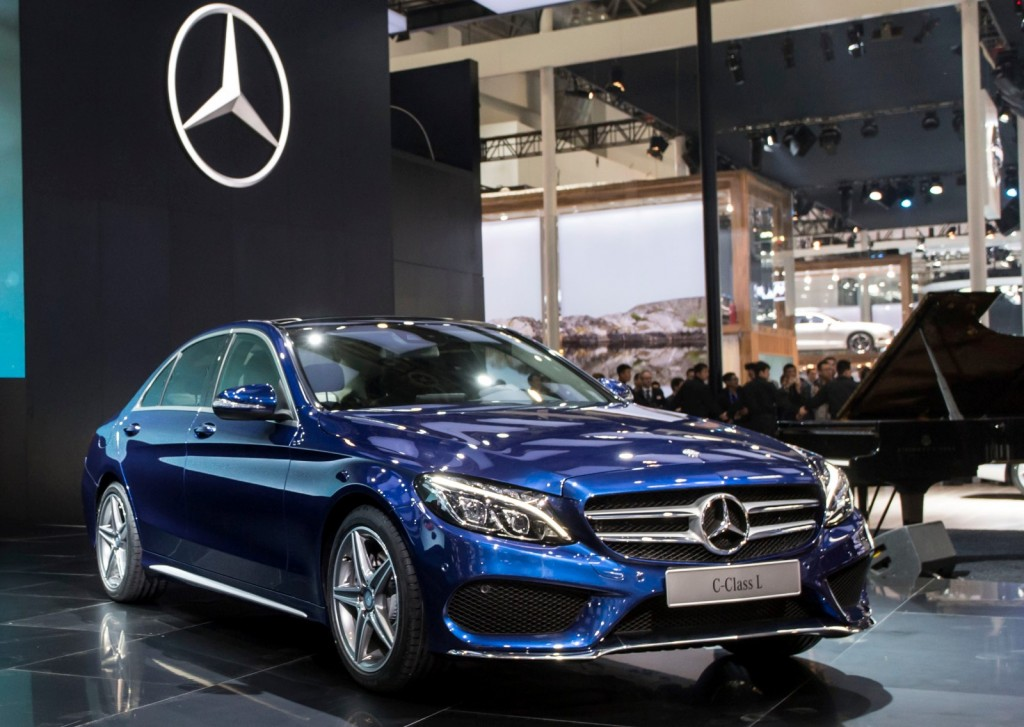 Mercedes benz introduces long wheelbase c class in china for Mercedes benz china