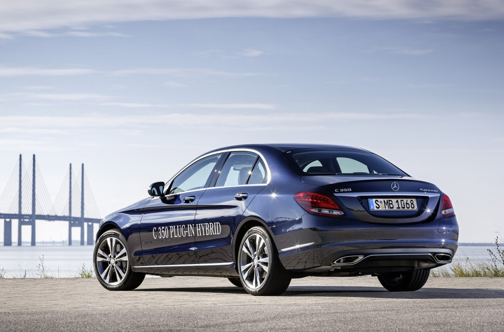 2016 mercedes benz c350 plug in hybrid first details from for Mercedes benz hybrid cars