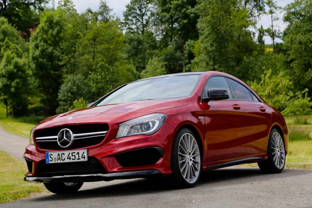 2014 mercedes benz cla 45 amg first drive. Black Bedroom Furniture Sets. Home Design Ideas