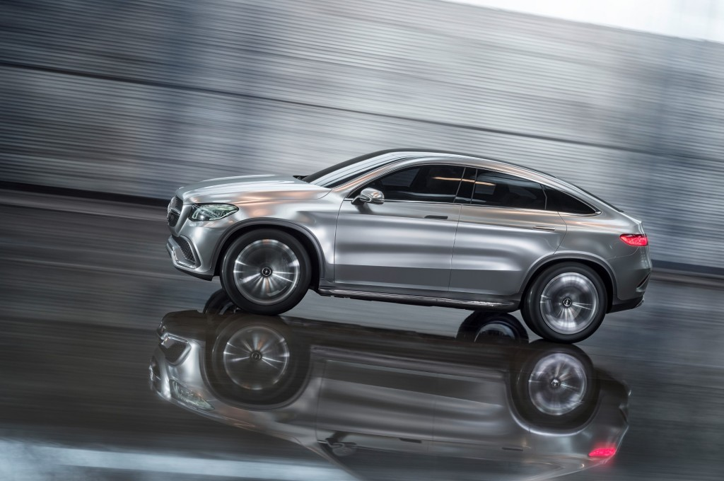 Mercedes benz concept coupe suv debuts at the 2014 beijing for Mercedes benz coupe suv