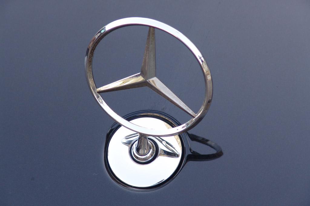 Image mercedes benz logo size 1024 x 683 type gif for Symbol for mercedes benz