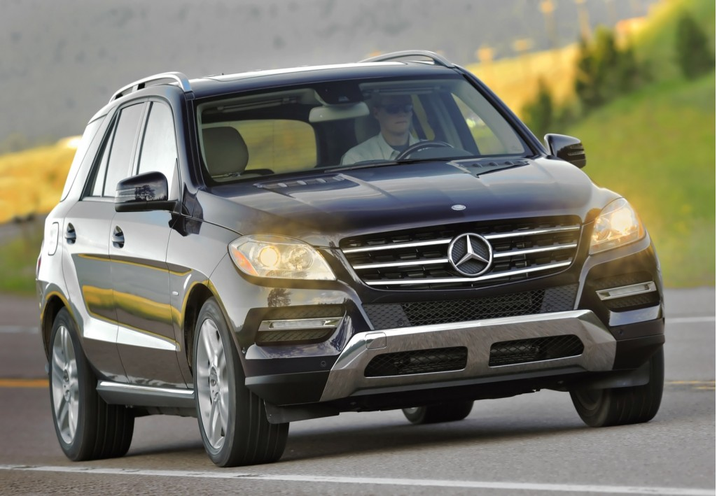 2017 mercedes ml350 release date price and specs. Black Bedroom Furniture Sets. Home Design Ideas