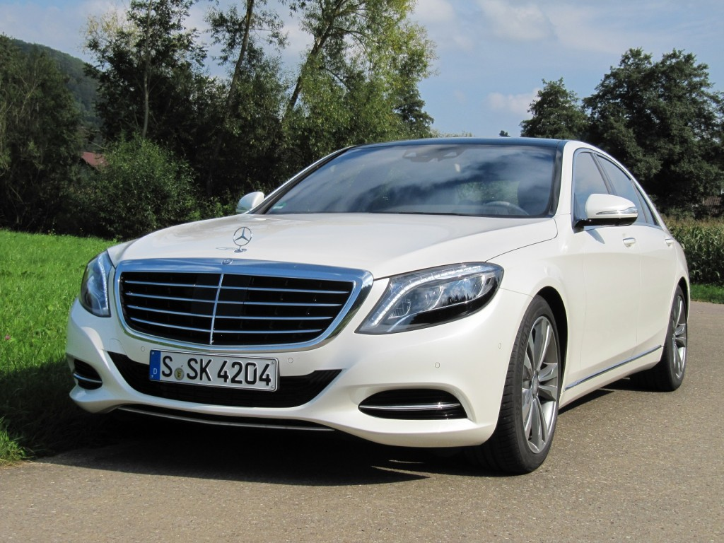 2016 mercedes benz s550 plug in hybrid first drive for Mercedes benz cars images