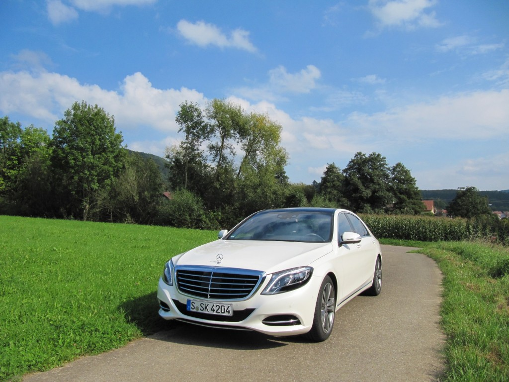 2016 mercedes benz s550 plug in hybrid first drive for Mercedes benz connect
