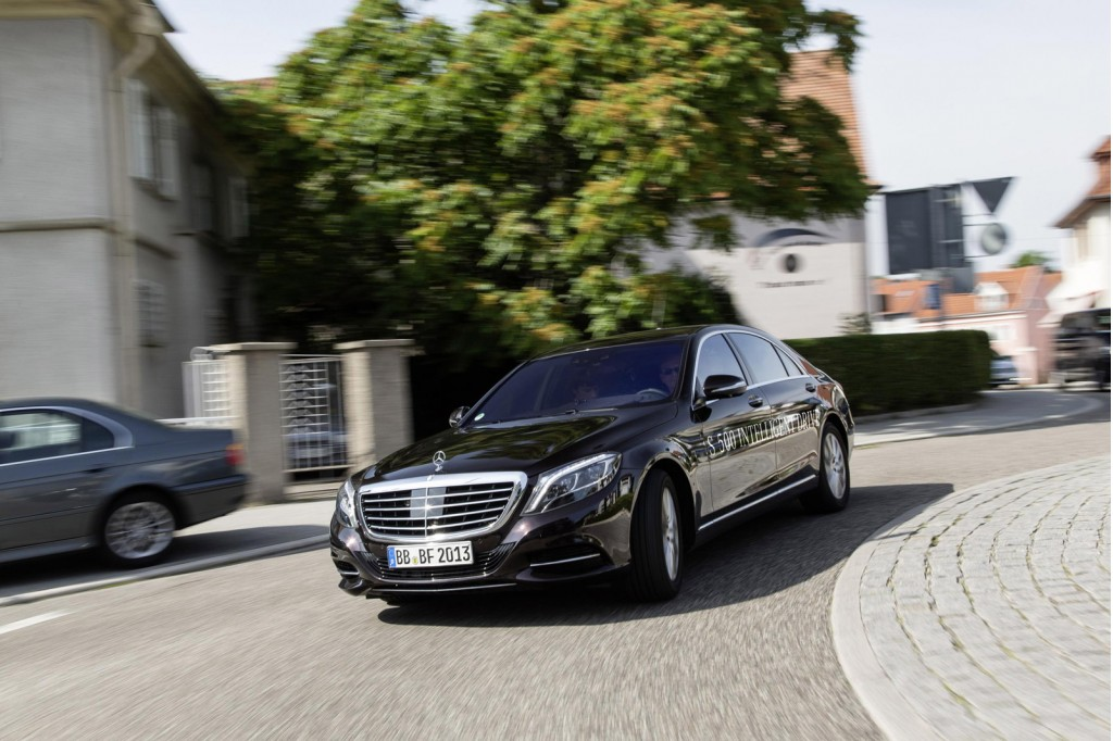 mercedes demonstrates fully autonomous s class promises