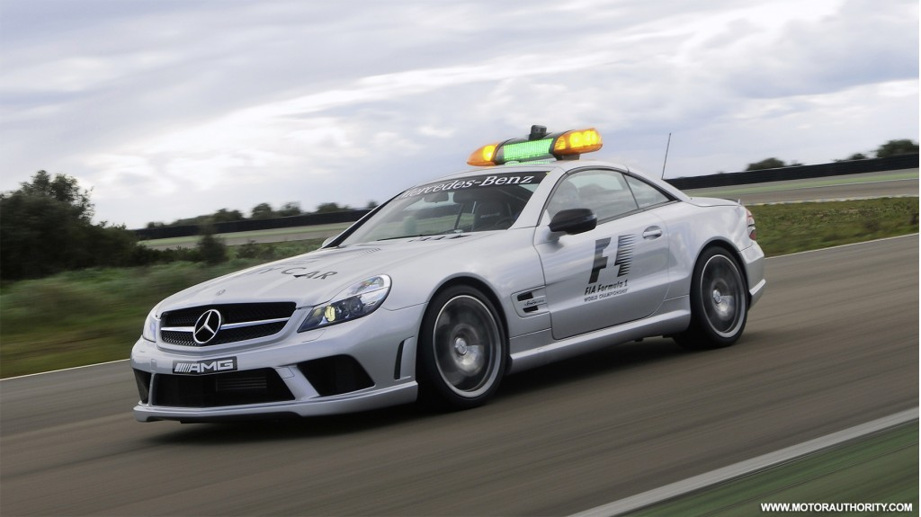 Mercedes benz sl63 amg returns as official 2009 f1 safety car for Mercedes benz f1