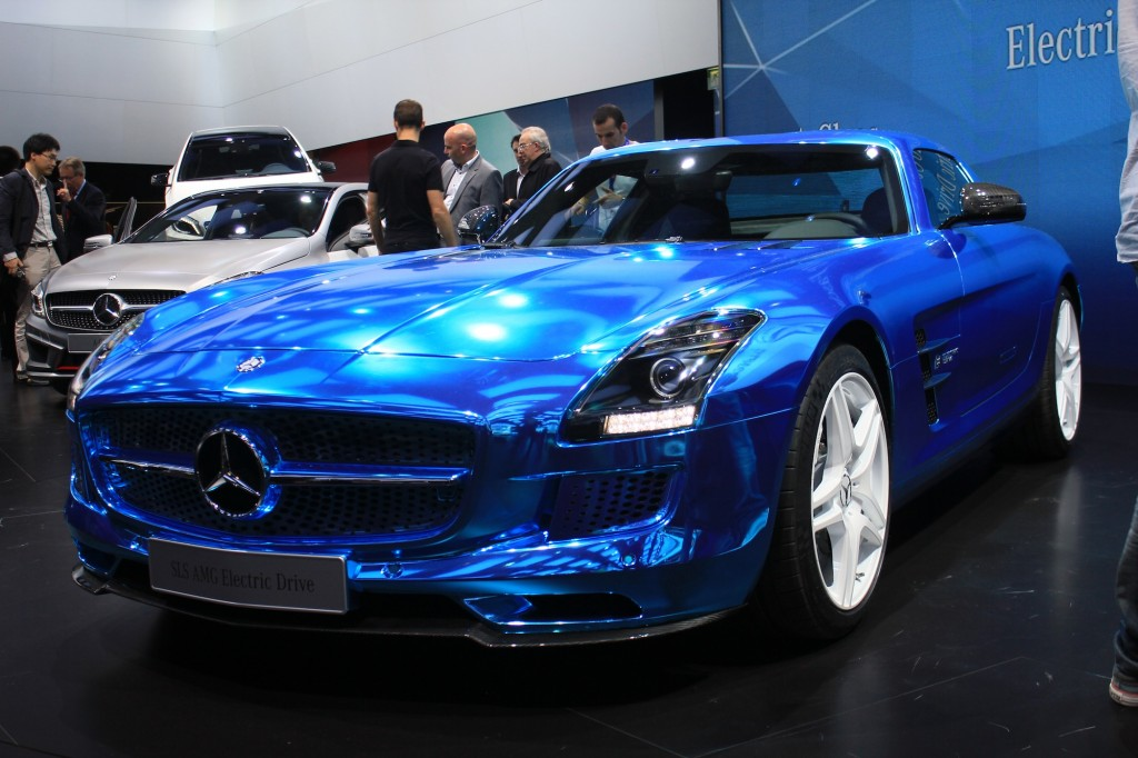 Mercedes benz sls amg electric drive live photos 2012 for Mercedes benz sls amg electric drive price