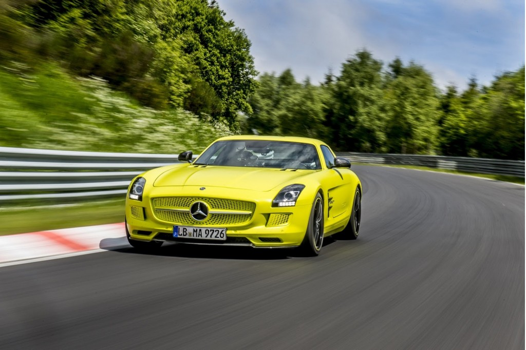 Electric sls amg sets n rburgring record for a production for Mercedes benz sls amg electric drive
