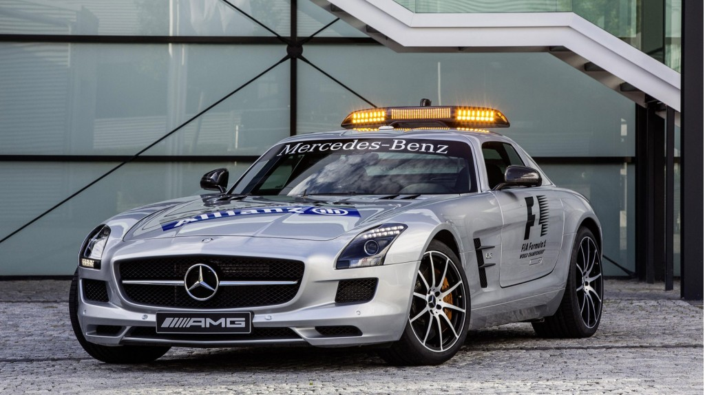 f1 safety car gets upgraded to mercedes benz sls amg gt. Black Bedroom Furniture Sets. Home Design Ideas
