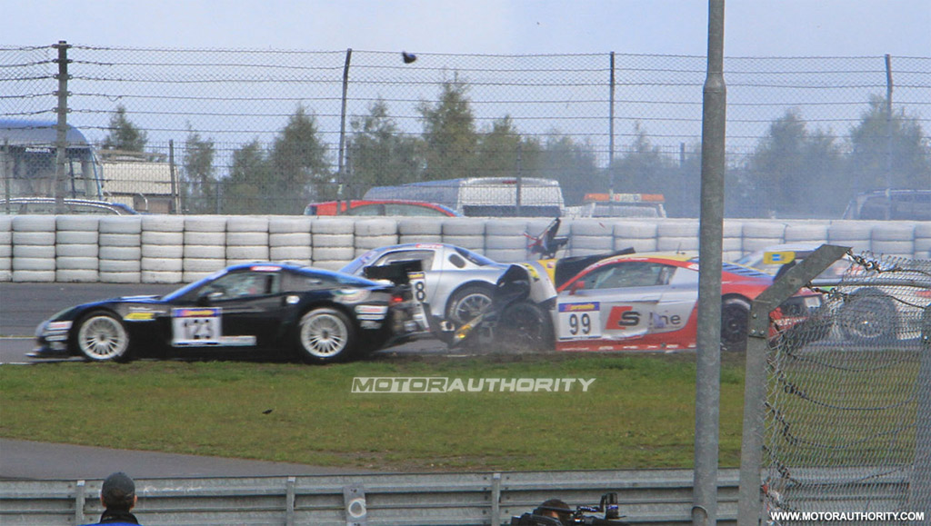 Mercedes-Benz SLS AMG GT3 Crashes On Race Debut