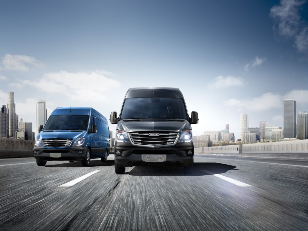 2014 mercedes benz sprinter gets nip tuck and new 4 for Mercedes benz sprinter 2014