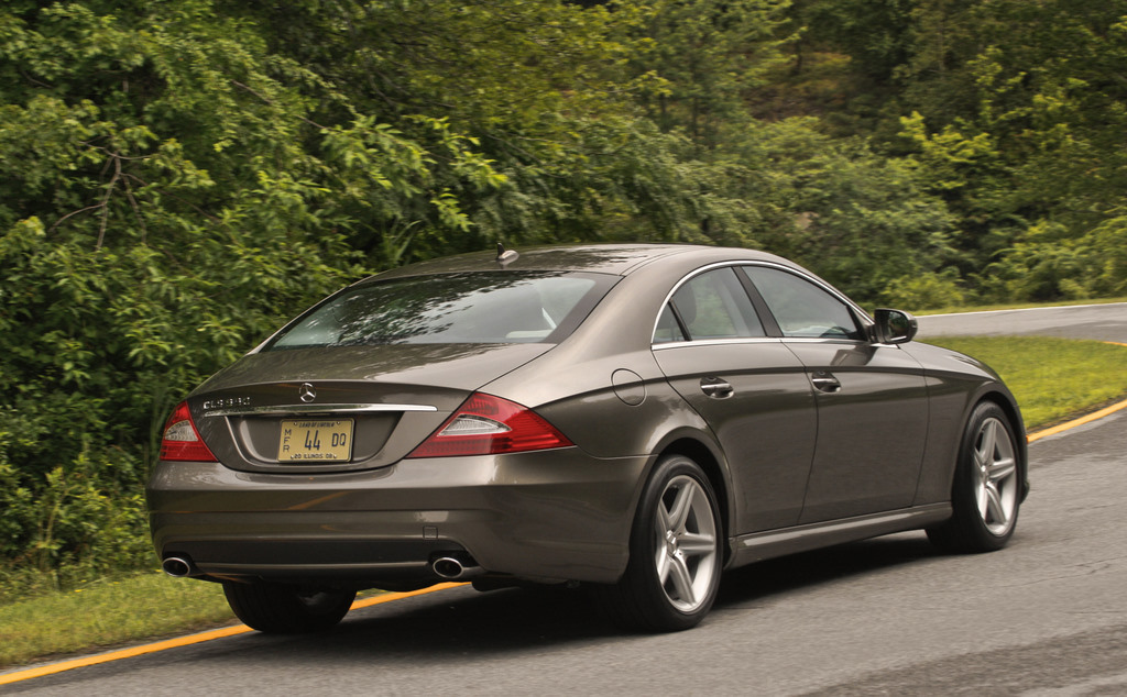 2009 mercedes benz cls class pictures photos gallery motorauthority. Black Bedroom Furniture Sets. Home Design Ideas