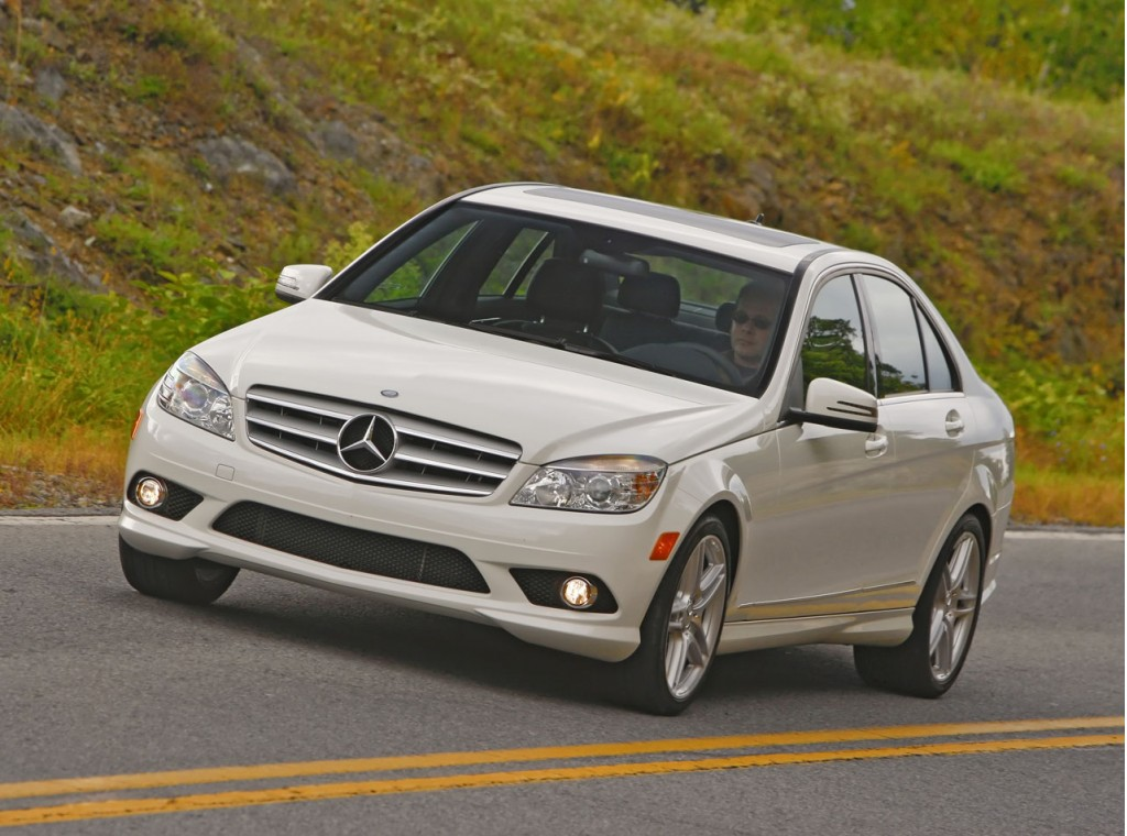 2008 2011 mercedes benz c class recalled for taillight for 2010 mercedes benz c300 recalls