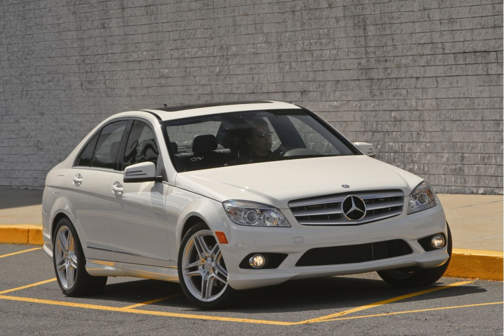 2010 mercedes benz models averaging 10 percent off sticker. Black Bedroom Furniture Sets. Home Design Ideas