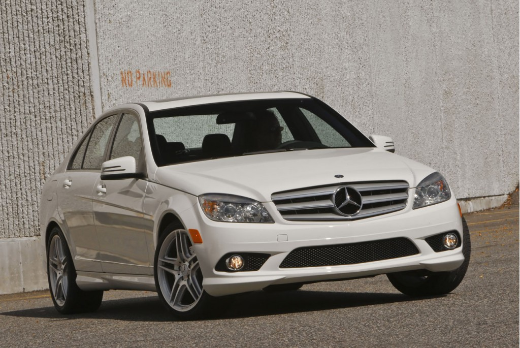2010 mercedes benz models averaging 10 percent off sticker for Mercedes benz c class models