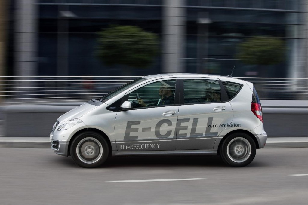 Mercedes benz a class e cell full details on electric for Mercedes benz europe