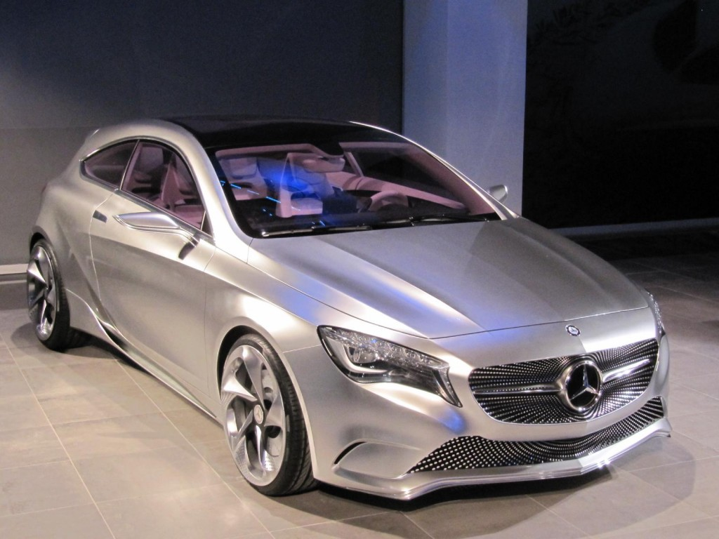 Mercedes benz concept a class 2011 new york auto show for Mercedes benz news