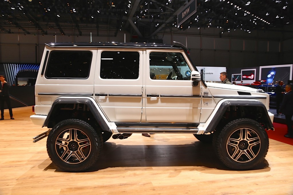 Mercedes benz g500 4x4 concept live photos and video for Mercedes benz g class 4x4