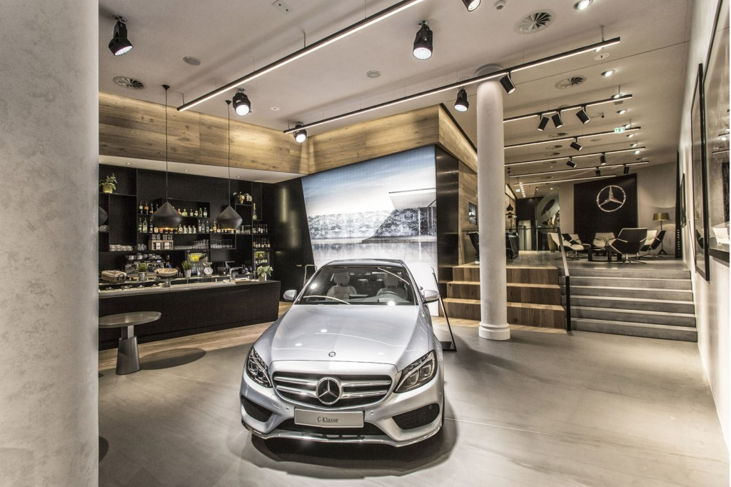 mercedes benz chooses hamburg for first 39 mercedes me 39 store