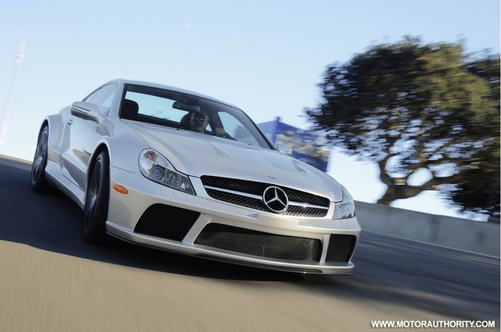 Mercedes benz reveals the new sl65 amg black series for Mercedes benz sl65 amg black series for sale