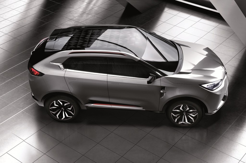mg unveils sporty crossover subcompact at shanghai auto show. Black Bedroom Furniture Sets. Home Design Ideas