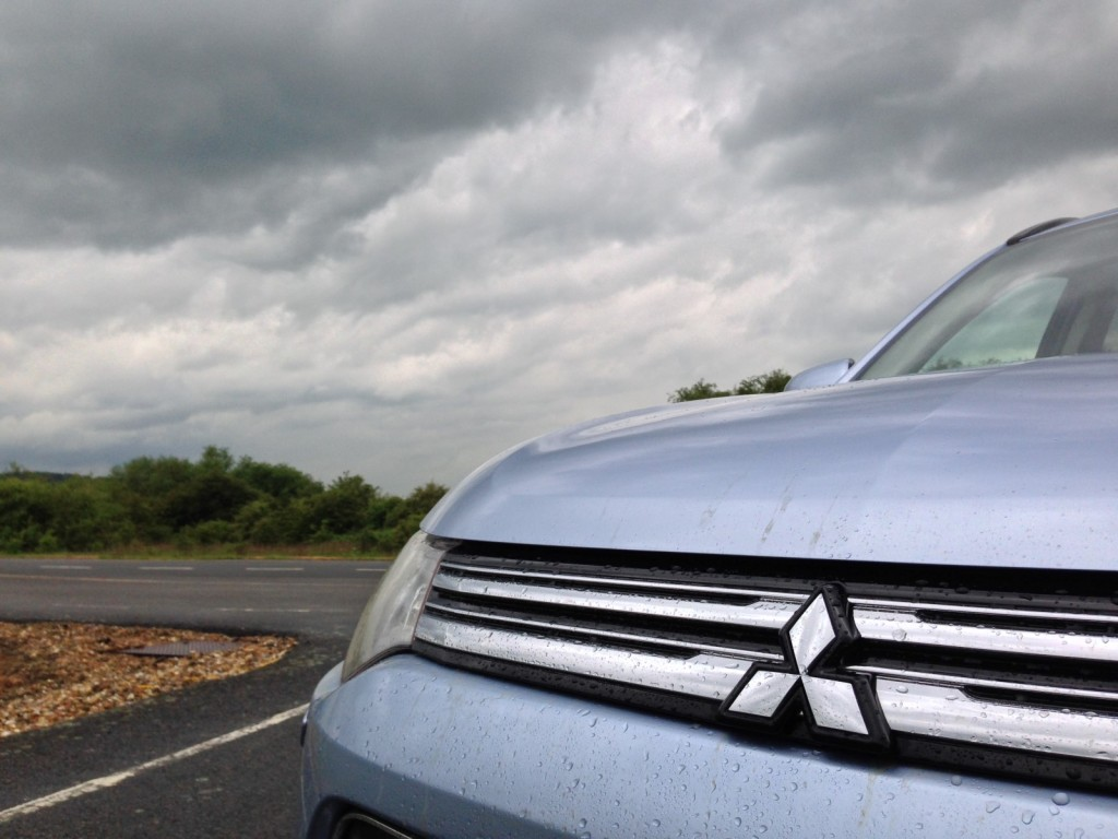 Mitsubishi Outlander Plug-In Hybrid: Van Model For Europe, But Still A Year Away For U.S.