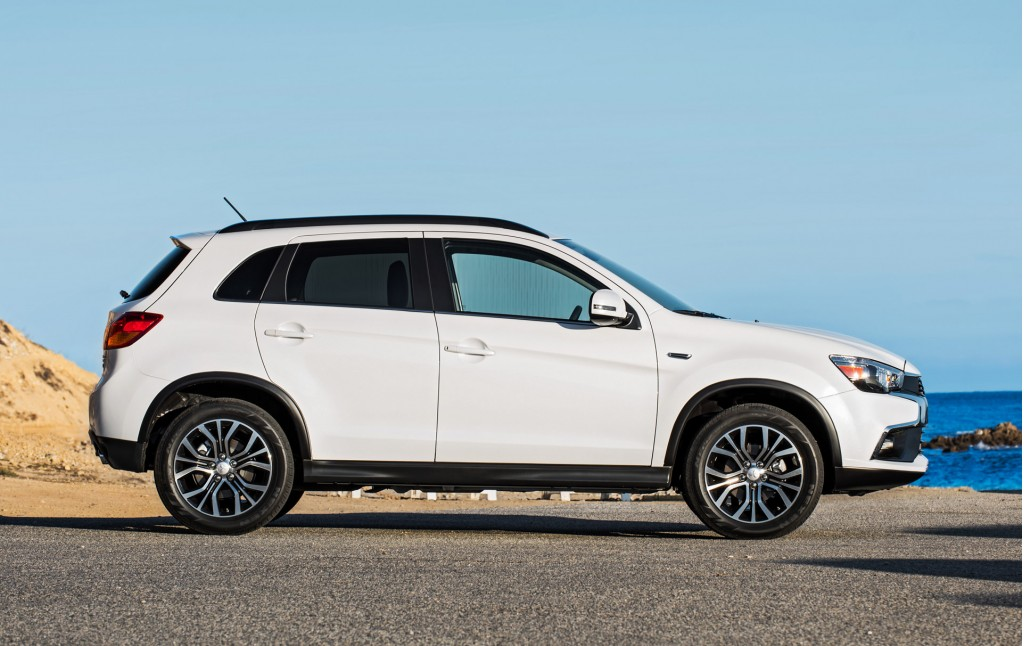 Image: 2016 Mitsubishi Outlander Sport, size: 1024 x 646, type: gif, posted on: November 19 ...