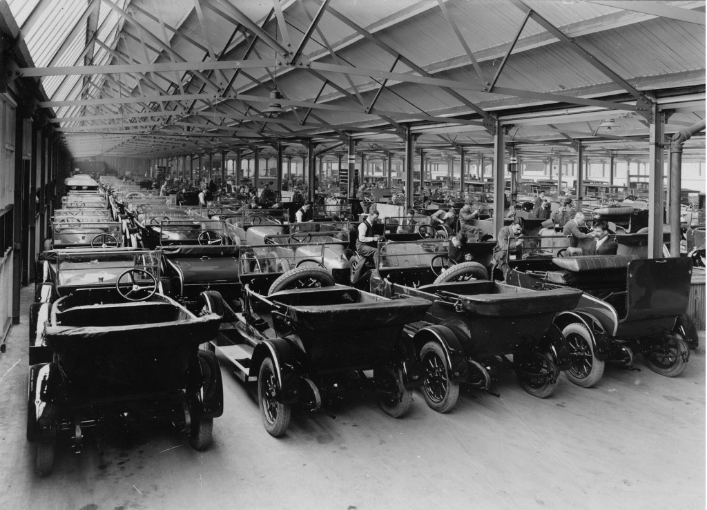 World 39 S Third Oldest Car Plant At 100 Years Minis Still