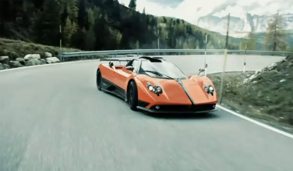 video pagani and lamborghini duel in need for speed hot pursuit trailer. Black Bedroom Furniture Sets. Home Design Ideas