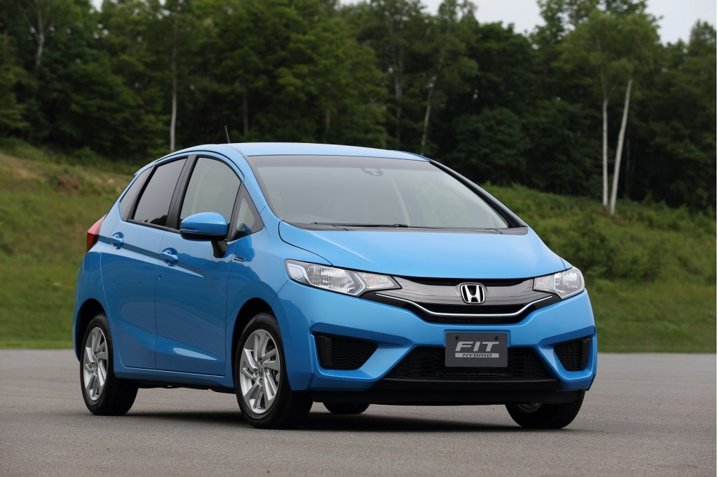 all new honda fit on sale today in japan including fit hybrid