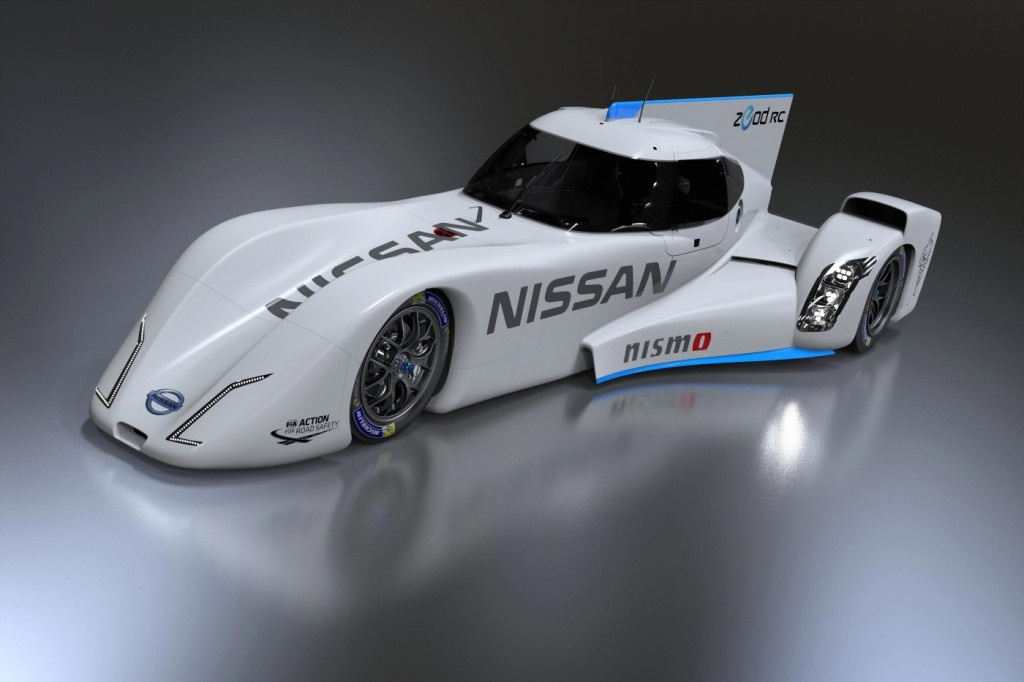 nissan reveals completed zeod rc 2014 le mans racer video. Black Bedroom Furniture Sets. Home Design Ideas