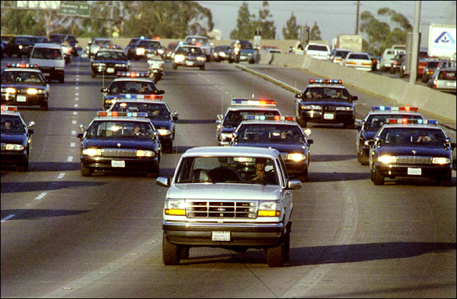 http://images.thecarconnection.com/lrg/oj-police-chase_100346110_l.jpg